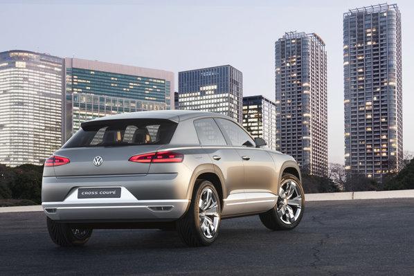 Volkswagen Cross Coupe combina ideea de SUV si cea de coupe cu 4 usi