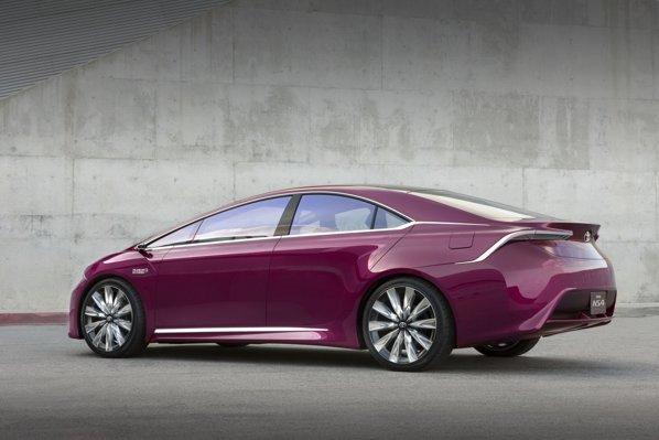 Sunt sanse mari ca Toyota NS4 Concept sa prefigureze a patra generatie Prius