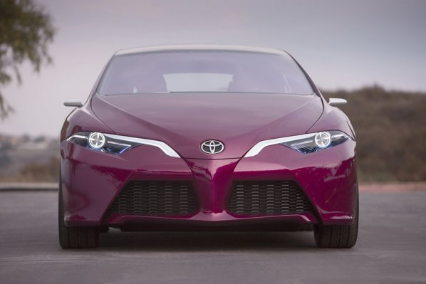 Toyota NS4 Concept aduce o noua identitate de marca