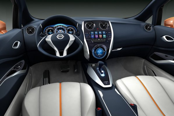 Nissan Invitation Concept are un interior high-tech, dar care promite si mult spatiu si ergonomie