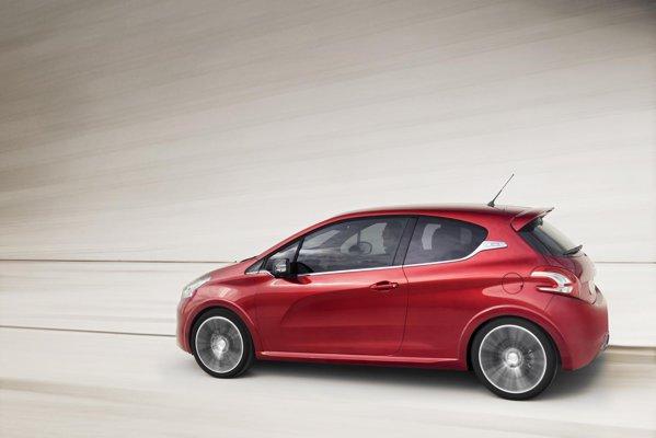 Motorul de sub capota lui Peugeot 208 GTi este cunoscutul turbo de 1,6 litri si 200 CP