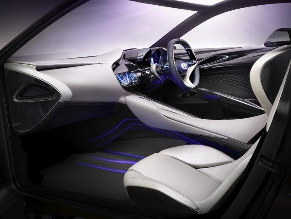 Infiniti Emerg-E are nu doar un stil fluid, ci si propulsie hibrida