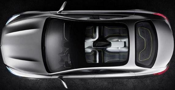 Merceds-Benz Concept Style Coupe are un gabarit compact si un portbagaj incapator