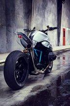 BMW Concept Roadster, un mix de răutate şi frumuseţe