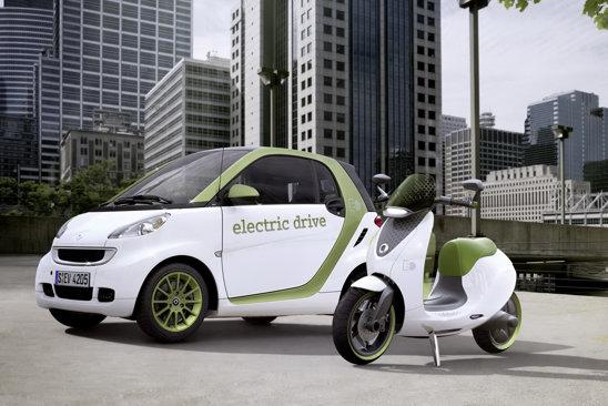 smart escooter utilizeaza aceeasi tehnologie constructiva a sasiului ca si smart fortwo