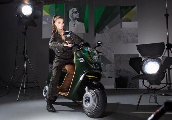 Mai multe detalii despre tehnica lui Mini Scooter E Concept vom avea la Paris 2010