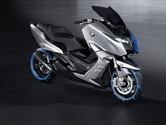 BMW Concept C are premiera mondiala la Salonul Moto EICMA 2010