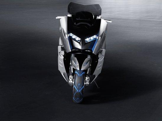 BMW Concept C este conceptul unui scuter de clasa mare, care anunta un model de serie