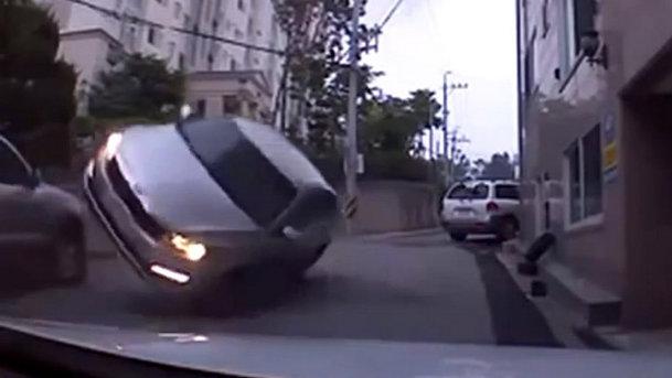 VIDEO: Cea mai nouă compilaţie de accidente