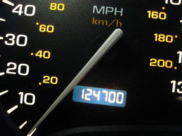 Amortizoarele nu sunt originale? Maşina are 150.000 km