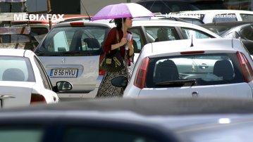 Cât este de periculos să-ţi laşi copilul singur în maşină, în soare?