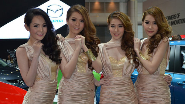 Fetele de la Thai Motor Expo 2012. GALERIE FOTO