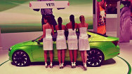 Fetele de la Salonul Auto de la Geneva 2014. FOTOGALERIE