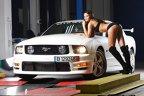 Alina pe Ford Mustang