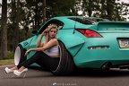 Blonda care te va face să-ţi tunezi maşina - FOTO