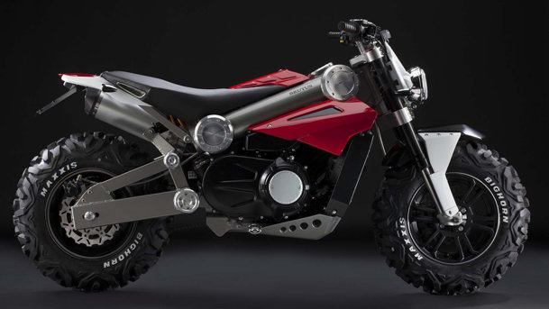 Brutus : Jumătate motocicletă, jumătate ATV Brutus-moto-atv-front