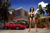 Cele mai tari femei şi cele mai tari maşini - COMBINAŢIA PERFECTĂ! Imaginile care te lasă fără cuvinte!