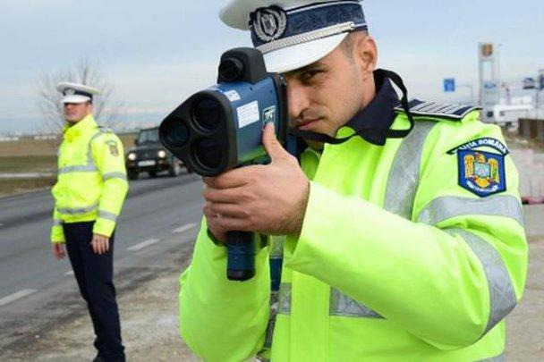 """VIDEO. Întâlnirea cu noile radare ale Poliţiei: """"Am crezut că ne împuşcă, pentru că avem duşmani"""""""