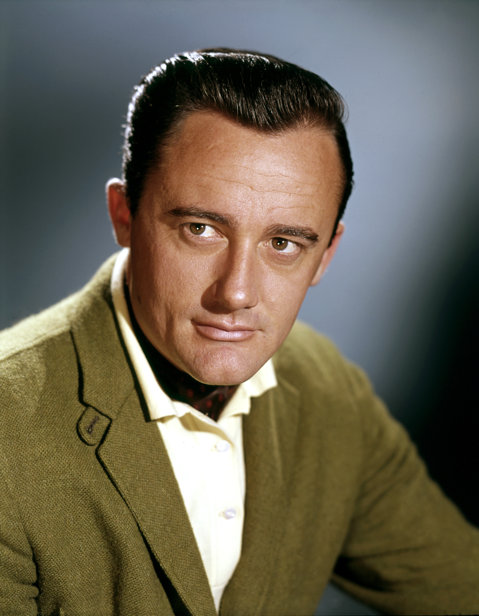 Doliu la Hollywood. A murit actorul Robert Vaughn - FOTO/VIDEO