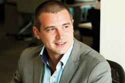 Povestea tânărului de 33 de ani cu una dintre cele mai rapide ascensiuni din cadrul Deloitte