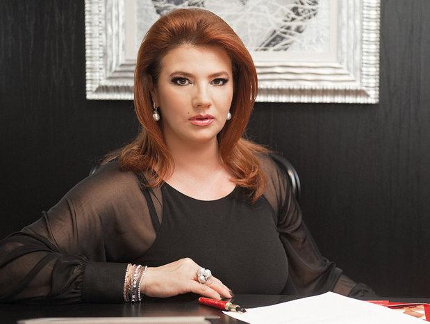 Ce afaceri mai are pe mână fosta soţie a lui Cristi Borcea. Turismul, gazele şi frumuseţea nu mai aduc bani