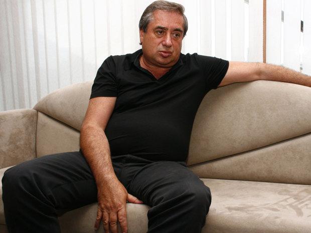 Cel mai bogat om din România porneşte planul dur de atac contra străinilor