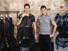 Doi antreprenori unguri şi-au făcut un business în Bucureşti cu aparate de electrostimulare care fac clienţii să slăbească fără efort