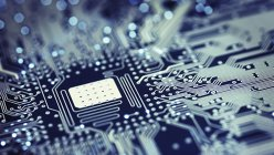 Vânzările de produse IT&C s-au majorat anul trecut cu 14-15%; telefoanele mobile şi eloctrocasnicele conduc în topul creşterilor