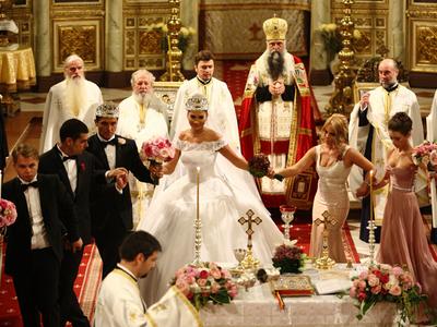 Cum A Fost La Nunta Elenei Băsescu Foto Businessmagazin
