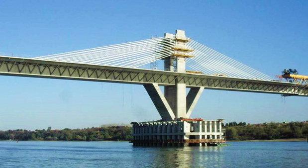 """Al doilea """"pod al prieteniei"""", inaugurat până la sfârşitul anului: Ponta şi premierul bulgar vor fi primii care se vor plimba pe podul Calafat-Vidin"""