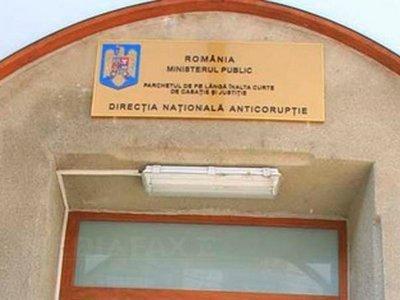 Directorul executiv al Finanţelor Publice Ilfov a fost reţinut pentru luare de mită