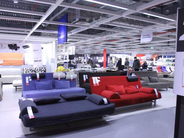 Cel mai vândut produs de la IKEA în fiecare an. Românii stau la coadă să-l cumpere