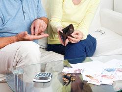 7 din 10 români resimt datoriile ca pe un disconfort psihic