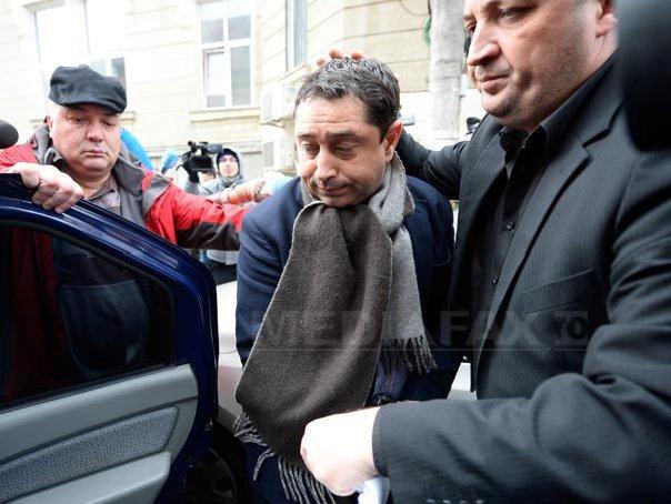 Fostul ministru al Internelor Cristian David, acuzat că a luat mită 500.000 de euro, a fost arestat