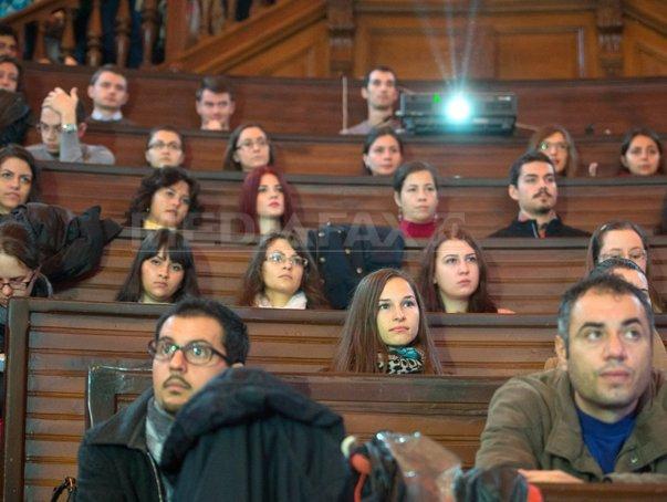 Şapte universităţi cer evaluare pe principiile echităţii, nediscriminării şi egalităţii de şanse