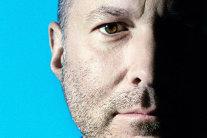 Viaţa fabuloasă a geniului care a creat design-ul Apple