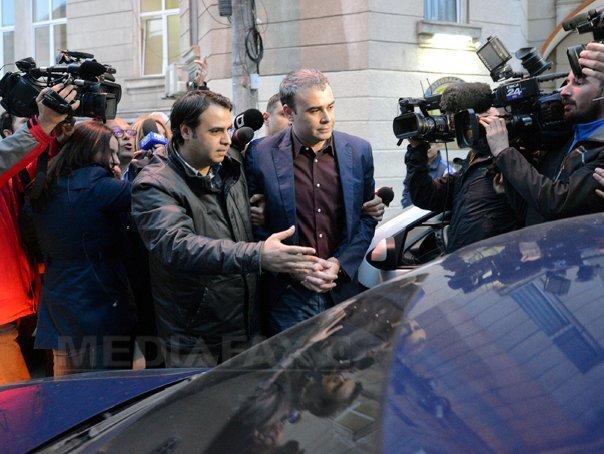 Darius Vâlcov şi-a dat DEMISIA din Senat