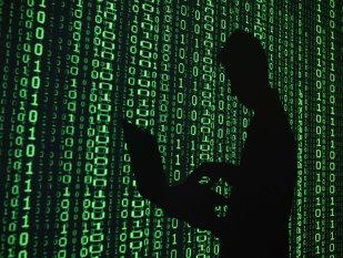 FBI oferă un milion de dolari pentru capturarea unui hacker român