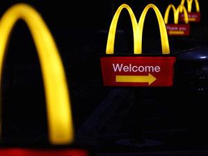 Lanţul de supermarket-uri care a devenit cea mai mare amentinţare pentru McDonald's. Le fura unu din patru clienţi