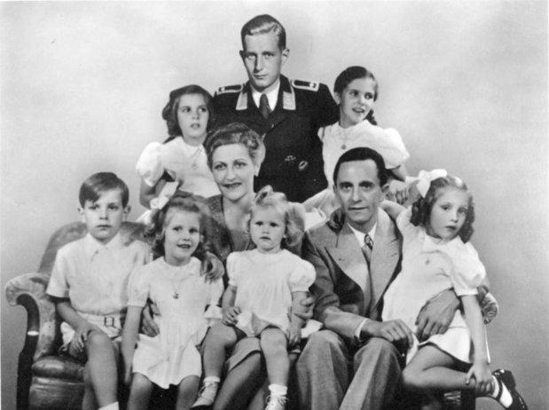 Moştenitorii părintelui nazismului sunt miliardari şi în zilele noastre - GALERIE FOTO