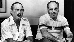 Povestea incredibilă a doi gemeni identici care au fost despărţiţi după naştere. Unul a crescut evreu, altul nazist