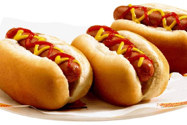 Cum a reuşit un tânăr de 24 de ani să transforme 311 dolari şi un chioşc de hot dog într-un imperiu de 1.000 de restaurante