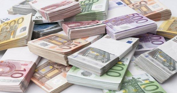 Meseria unde cererea depăşeşte oferta. 80% dintre absolvenţi sunt angajaţi direct, iar salariul începe de la 1000 EURO