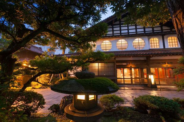 Cel mai vechi hotel din lume a fost administrat de aceeaşi familie timp de peste 1300 de ani - GALERIE FOTO