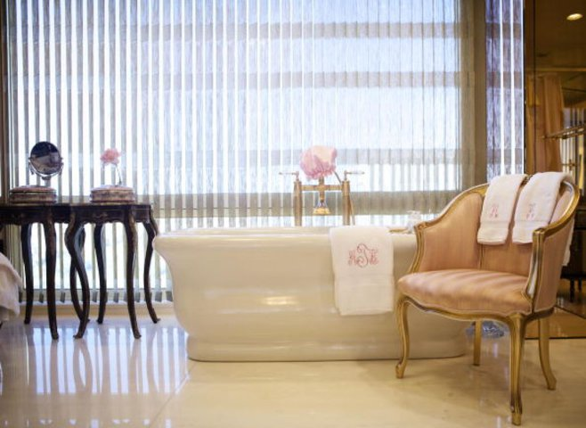 Cum arată apartamentul noului preşedinte al Americii - GALERIE FOTO