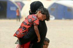 """""""Fiul meu de cinci ani mi-a cerut să-l omor pentru că nu mai suporta înfometarea"""": povestea cutremurătoare a unei refugiate din Irak"""