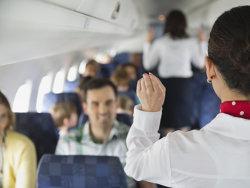 De ce trebuie să ridici parasolarul la aterizare şi chiar e nevoie să închizi telefonul mobil în timpul zborului?