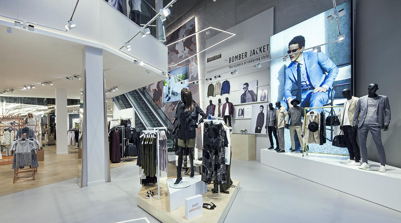 gigantii-din-industria-modei-ce-produc-haine-de-lux-