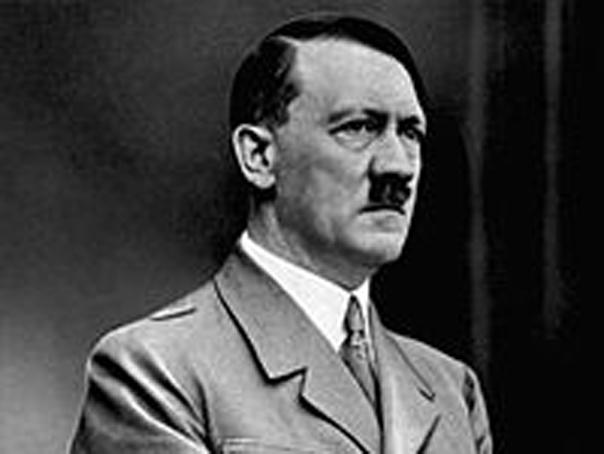 O capsulă nazistă a timpului a fost descoperită în Polonia. Ce conţine obiectul îngropat în urmă cu aproape 80 de ani