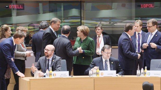 """Cea mai puternică LOVITURĂ pentru România de la integrarea în UE încoace. Merkel i-a dat personal vestea lui Iohannis. """"Este o soluţie IN EXTREMIS"""""""
